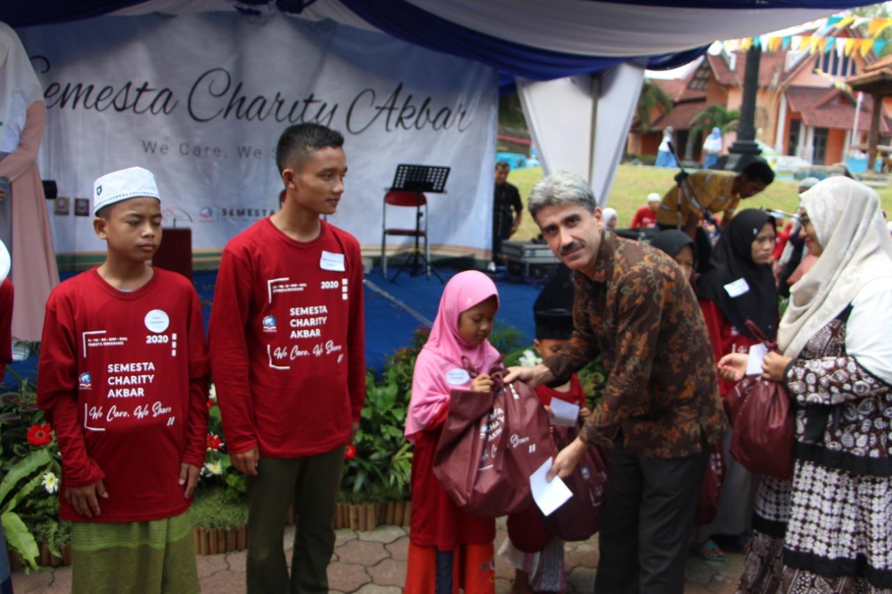 Semesta Charity Akbar 2021