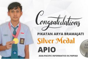 Sekolah Semesta meraih Silver Medal APIO 2021